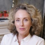 Наталья Комолова (массажист)